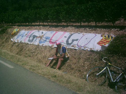 Waiting on the lower slopes of the Ventoux for the race to pass