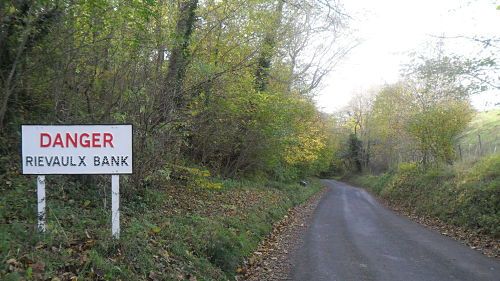 Now that's what I call a proper sign! Doesn't seem that steep here but you are looking down a 10% slope